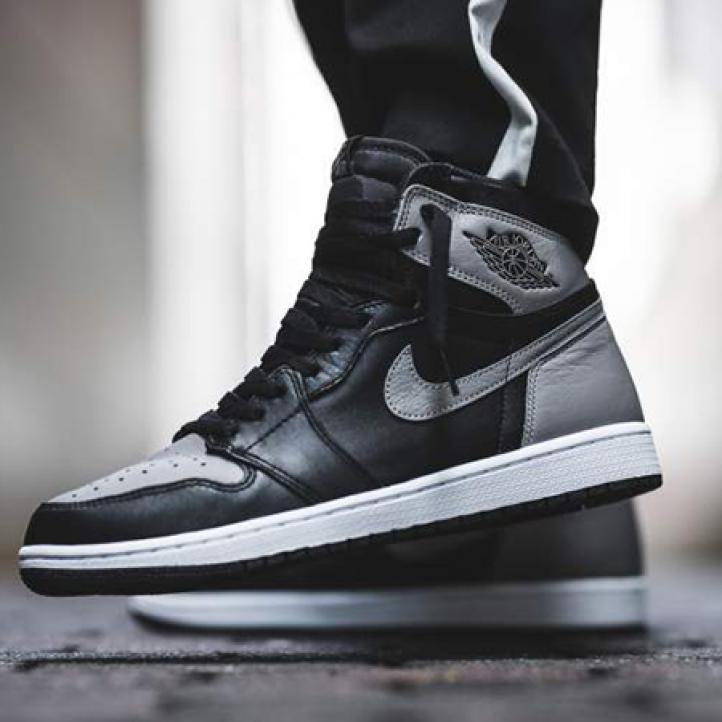 "Nike Air Jordan 1 Retro  ""Shadow"""