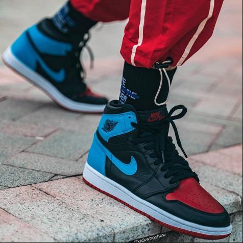 """Nike Air Jordan 1 Retro  """"UNC To Chicago"""""""