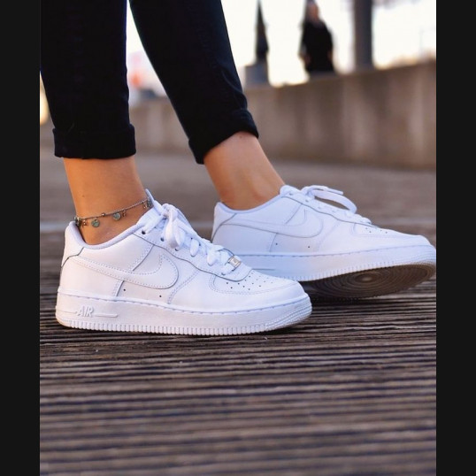 Nike Air Force 1 '07 Classic White WMNS