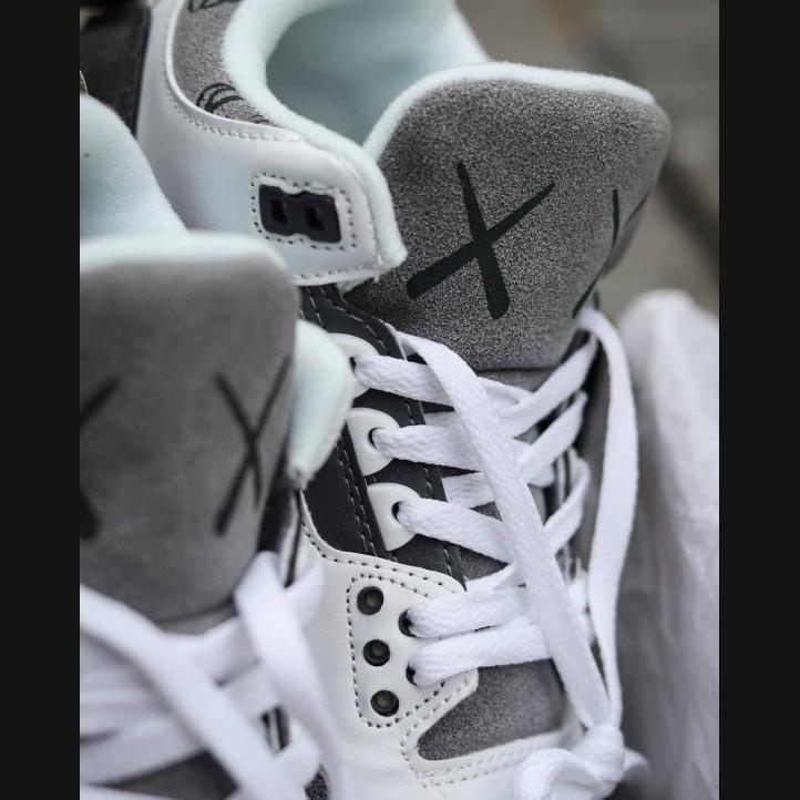 Nike Air Jordan Retro 3 x Kaws
