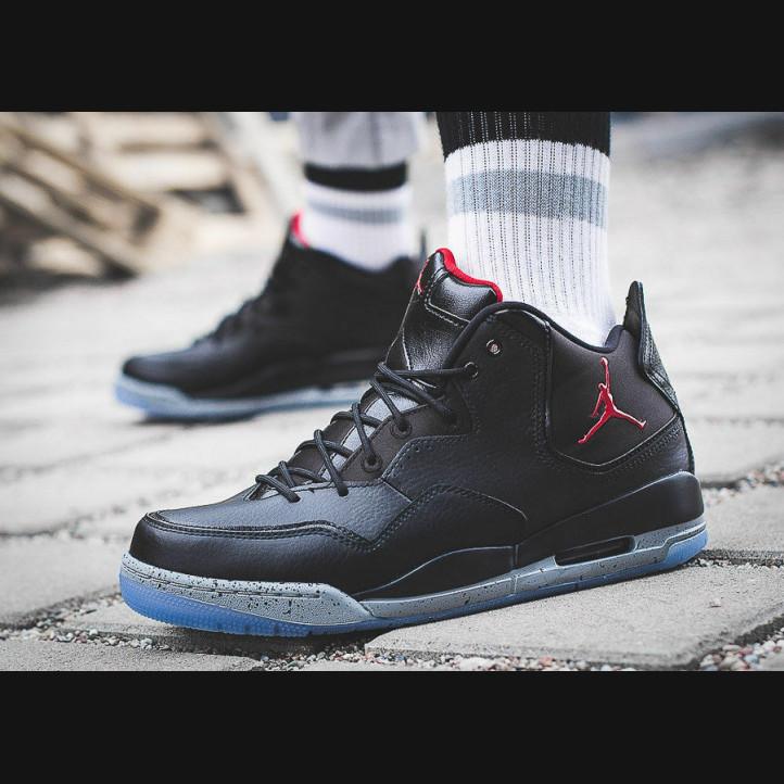 Jordan Courtside 23   Black / Gym Red